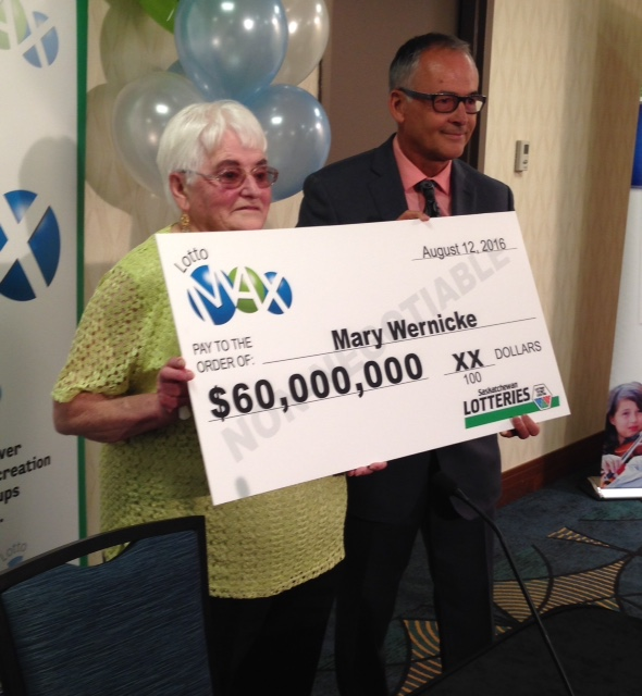 Saskatchewan's biggest lottery winner claims prize