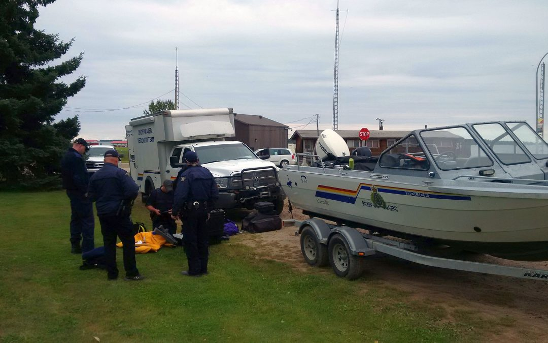 RCMP dive for northern plane delayed
