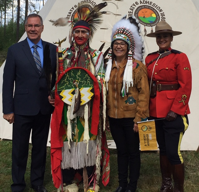 Celebrants withstand rain to honour 130th anniversary of Treaty 6 Adhesion