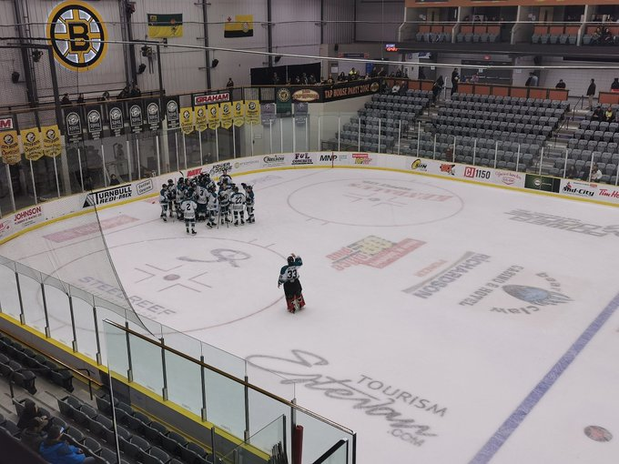 Ice Wolves win fourth straight in Estevan - MBC Radio