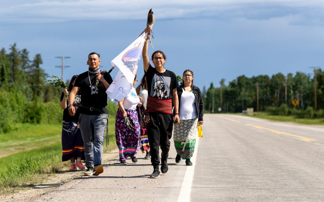 La Ronge activists start walk from Air Ronge to Regina to raise awareness of high suicide numbers in Sask.